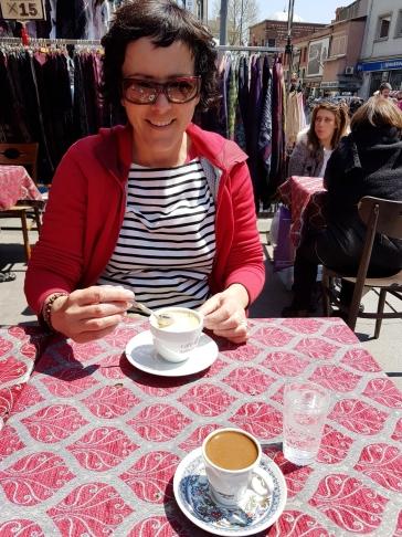Nach 5 Chai ist mal wieder der Cappuccino dran.
