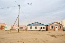 Wüstenstadt Bayandalai, mit dem Versuch, den Tourismus zu fördern