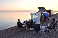 outdoor Kino am Strand