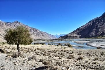 entlang der afghanischen Grenze
