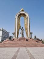 Ismoili-Somoni Denkmal in Duschanbe