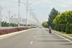 Sämtliche Strassen werden per Hand gefegt