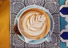 lecker Cappuccino, die Vorteile einer Stadt