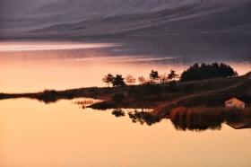 Sonnenuntergang am Tödürge Gölü